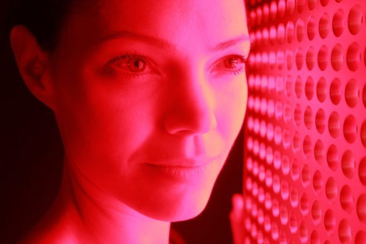 Red light Therapy and Rosacea:What you need to know.